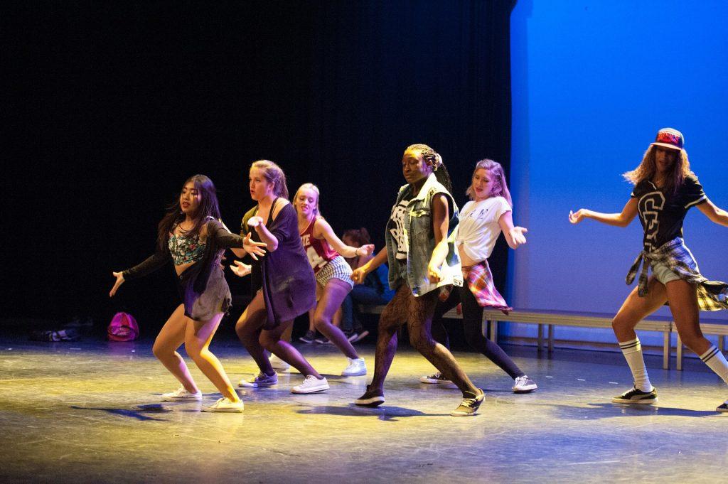 cours danse twist événement 1024x681 - Cours de Twist